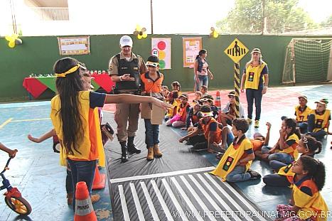 1c9587c0b6b891 Prefeitura de Unaí - Atividades no CEM fecham a campanha Maio ...