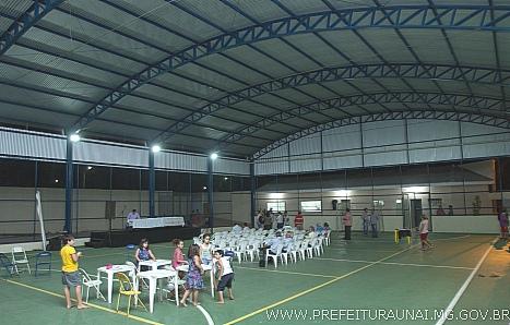 Município inaugura cobertura de quadra poliesportiva no Santa Luzia a85471c805df0