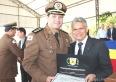 Prefeito recebe Diploma de Colaborador Benemérito no aniversário de 242 anos da PMMG